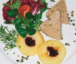 Kalbsleberparfait Mit Pistazien Auf Gebratenen Apfelringen Rezepte